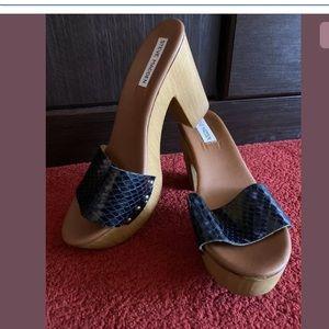 Steve Madden Platform Chunk Heels Sundals Size 8.5